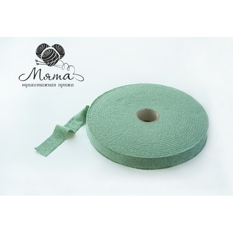 "Knitted yarn "" Mint melange"""