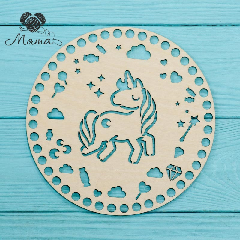 Circle carved D=20cm №1 (unicorn)